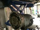 メルセデス・ベンツE320(W211)のオイル漏れ修理