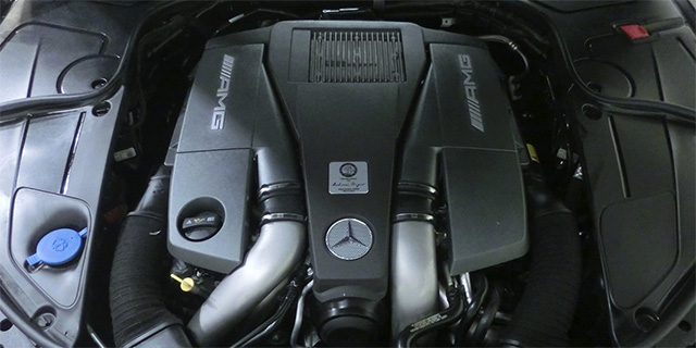 AMGエンジン修理