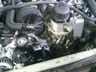 ベンツ Eクラス W211 エンジン オイル漏れ ベルト鳴き 点検 修理