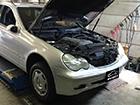 メルセデスベンツ W203 Cクラス 車検整備 オイル漏れ修理