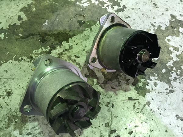 メルセデスベンツ W638 Vクラス V280 エンジン冷却水漏れ修理