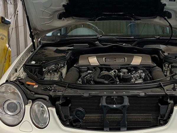 メルセデスベンツ Eクラス W211 エンジン不調